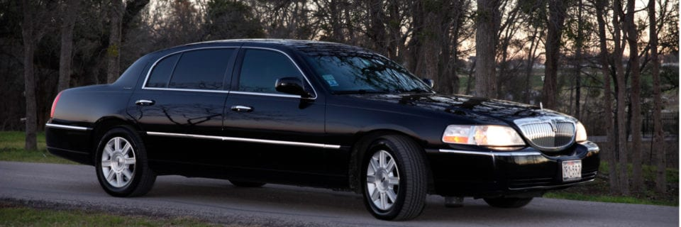 Quality Service and Transportation in Austin and Surrounding Areas (512) 365-5466